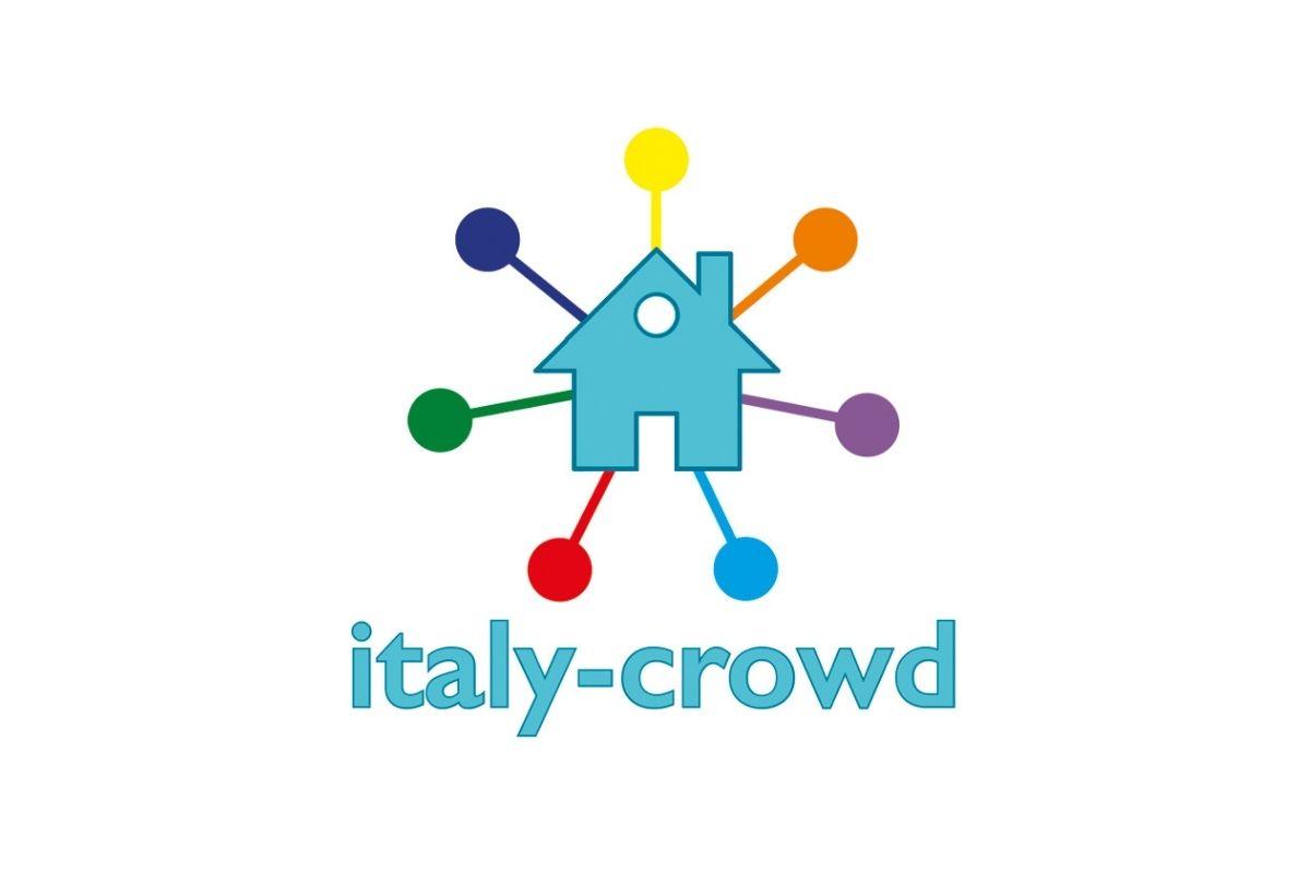 recensione italy crowd
