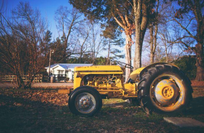 assicurazione trattore agricolo quanto costa