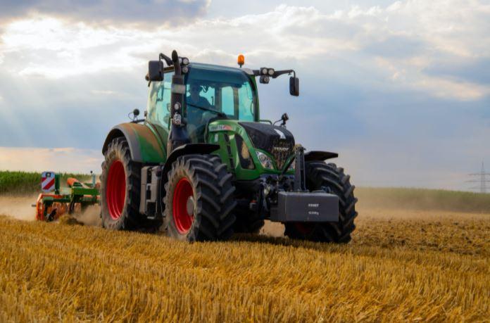 assicurazione trattore agricolo